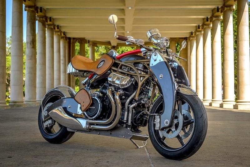 Motos , bizarres , excentriques ou barrées... Bienvi10