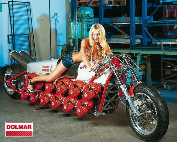 Motos , bizarres , excentriques ou barrées... Moto-t10