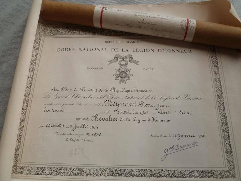 Lot affaires indigènes post 2GM -ALPINS-JUILLET1 - A clôturer P1110877