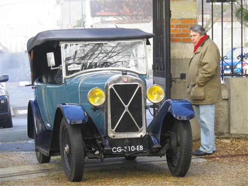 Le RAMBOLITRAIN, c'est aussi des automobiles... Fyvr1776