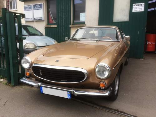 Rencontres d'Anciennes - Page 15 Volvo10