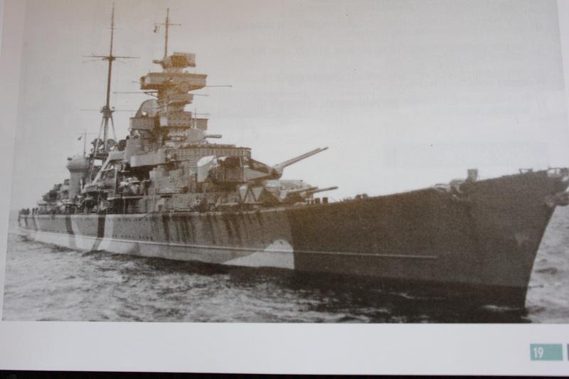 [revell] Prinz Eugen au 1/720 (défi) Img_8810