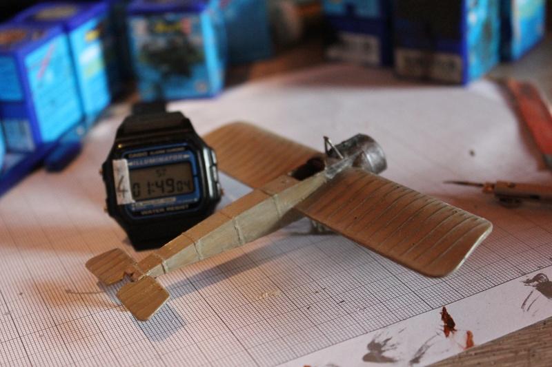 [revell] Fokker E III  au 1/72 Img_8920