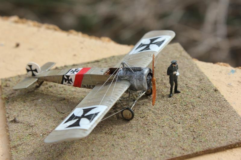 [revell] Fokker E III  au 1/72 Img_9015