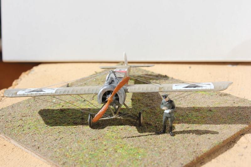 [revell] Fokker E III  au 1/72 Img_9040