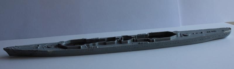 [revell] Prinz Eugen au 1/720 (défi) Img_9230