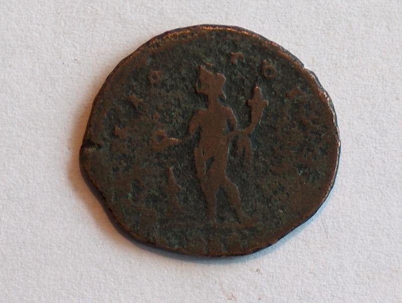 Identification romaine 11 Follis réduit de Constantin I  11f10
