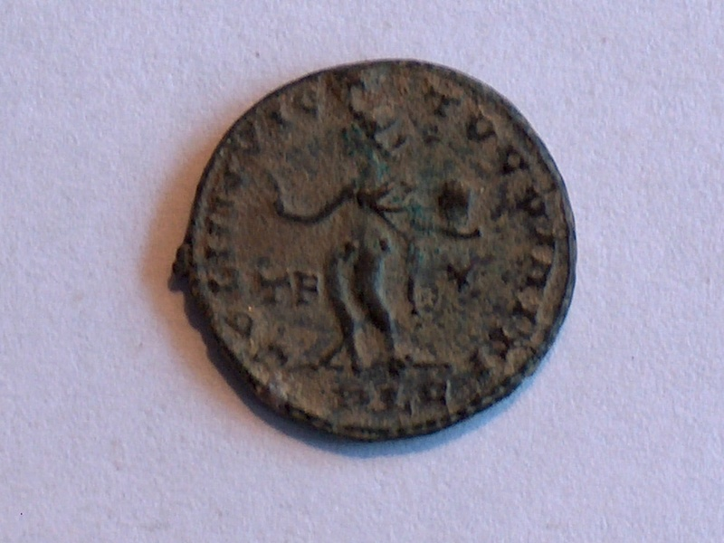 Identification romaine 21Constantin Ier IMP CONSTANTINVS AVG 21f10