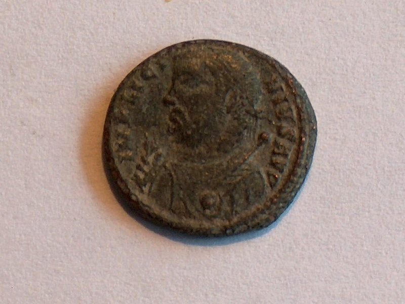 Identification romaine 36 Licinius Ier IMP LICINIVS AVG IOVI 3610