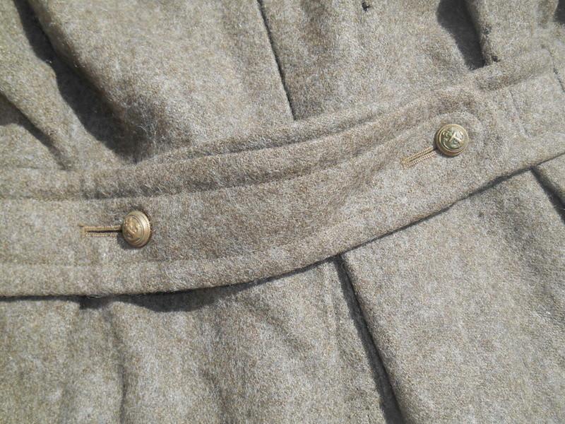 Manteau d'offcier de la Coloniale - prix spcial gourbi Dscn2070