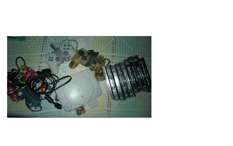 Recherche Pack Playstation 1 sous blister rigide Disney 56375410