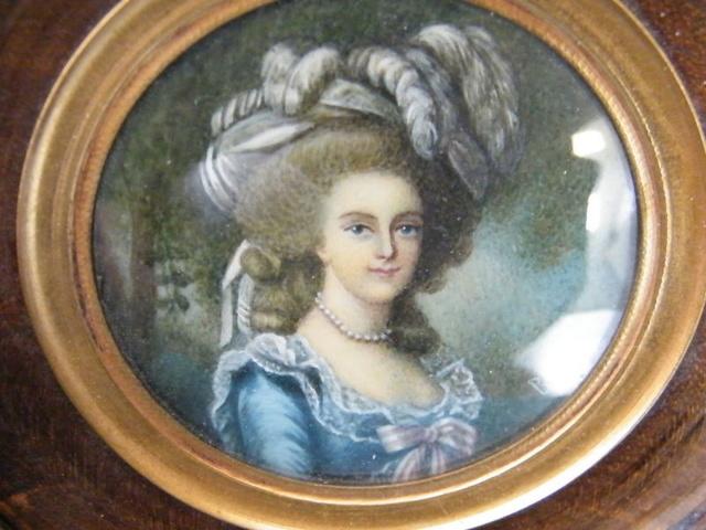 Variations sur le portrait à la rose - Page 11 S-l16012