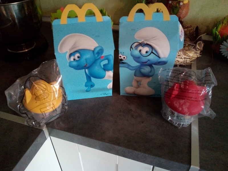 [macdo] figurines schtroumpfs dans les happy meal  - Page 2 Img_2036