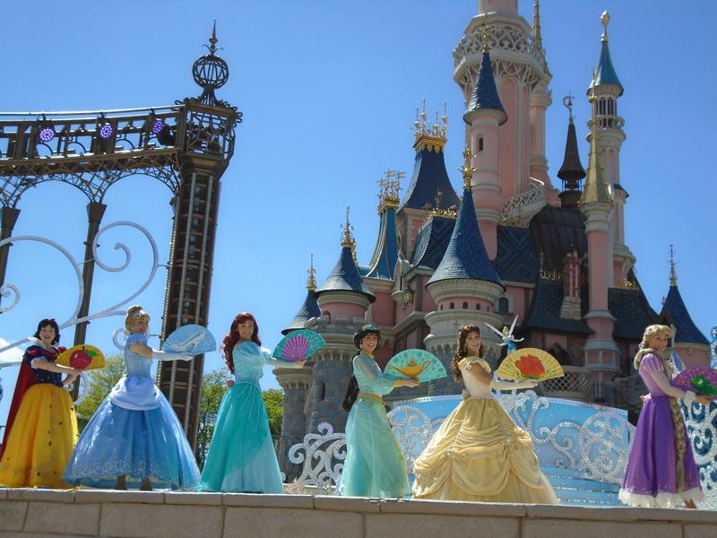 Vos photos avec les Personnages Disney - Page 2 Dsc00411