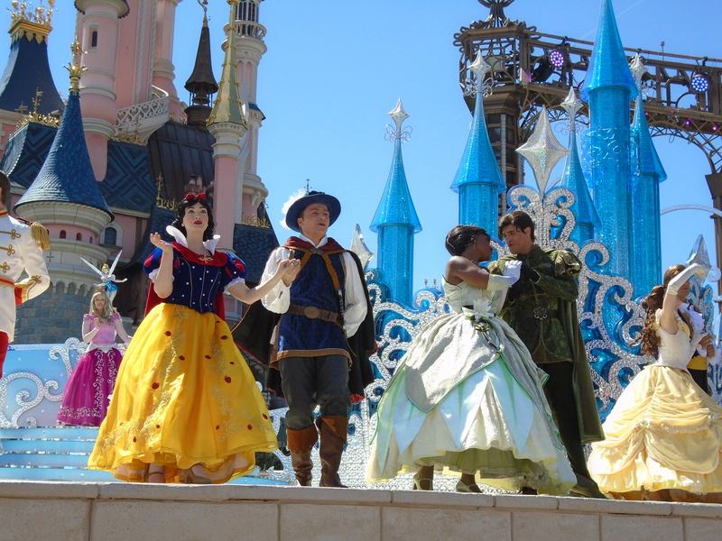 Vos photos avec les Personnages Disney - Page 2 Dsc00412