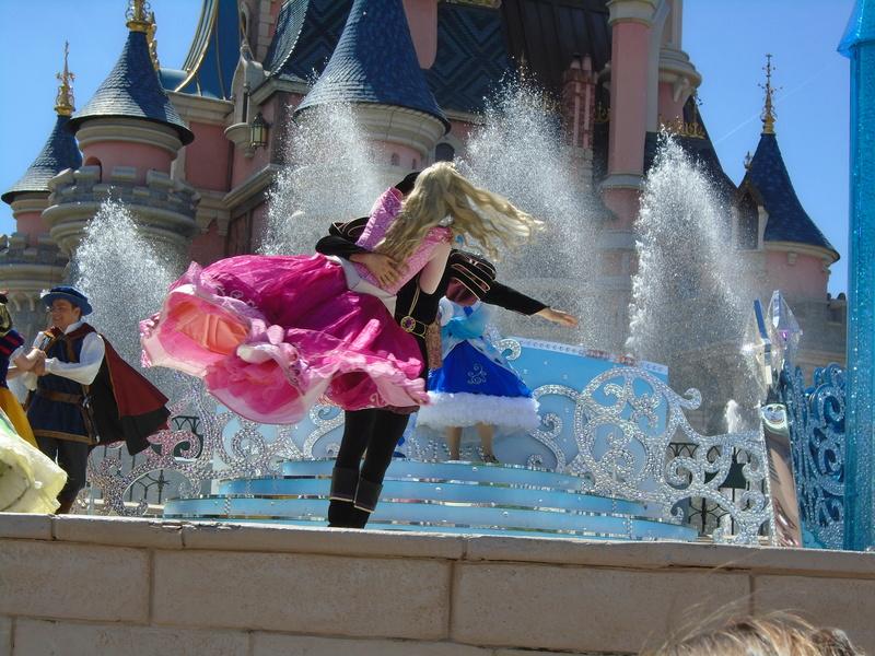 Vos photos avec les Personnages Disney - Page 2 Dsc00413