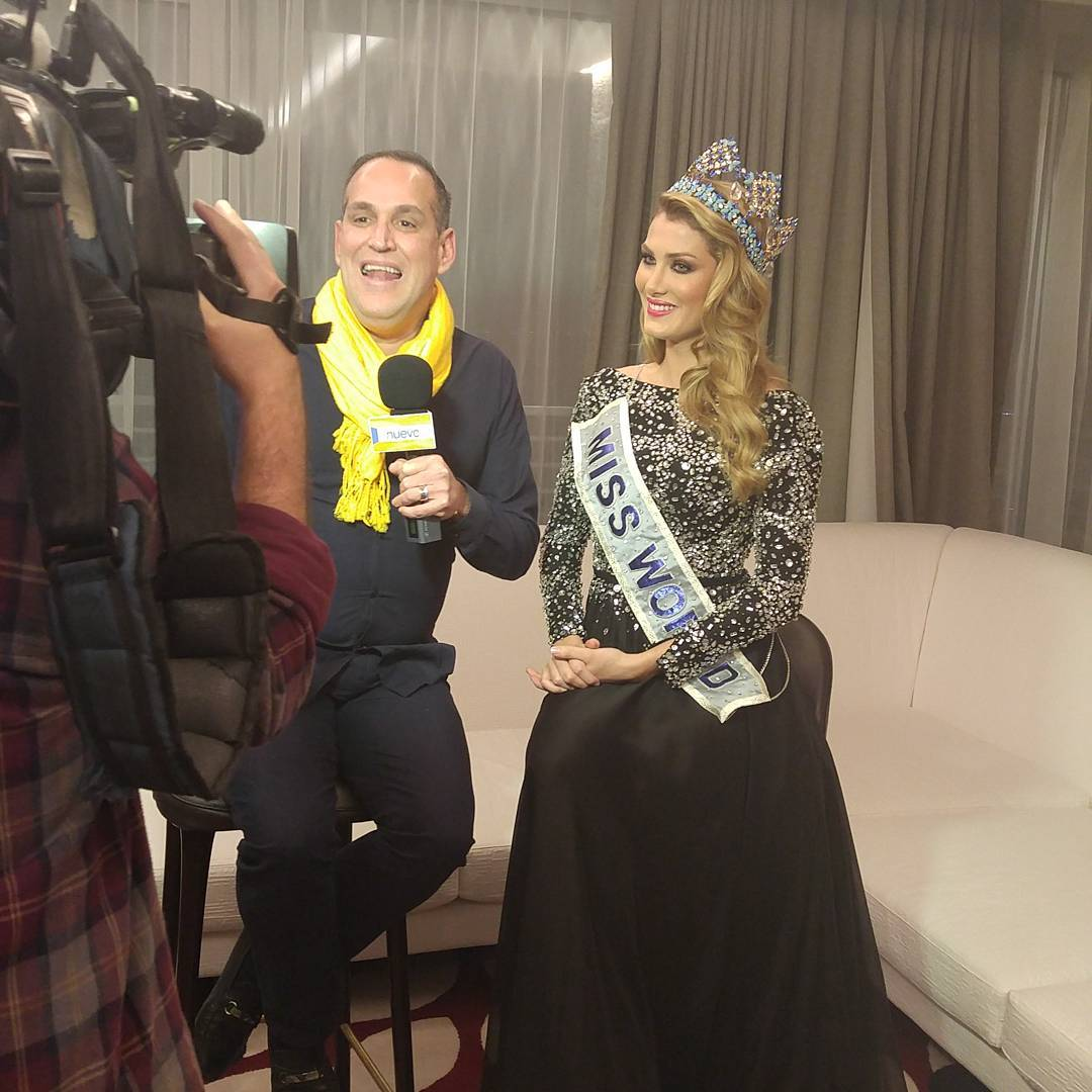 mireia lalaguna, miss world 2015. - Página 13 12545210