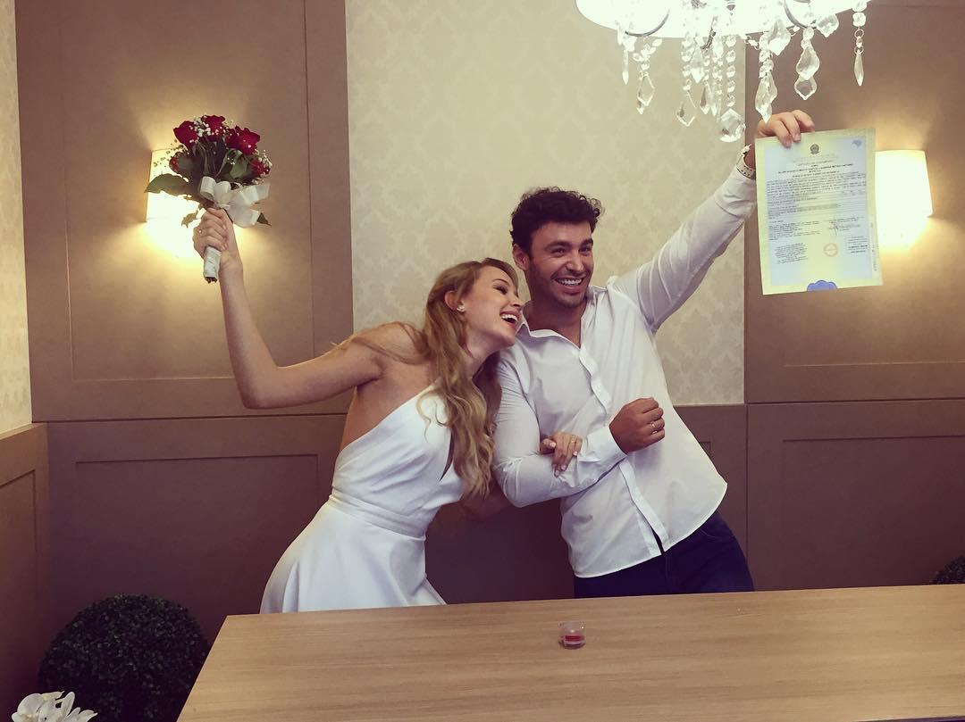 casou-se a vice do miss brasil universo 2015 com o mr roraima 2010. 16464110