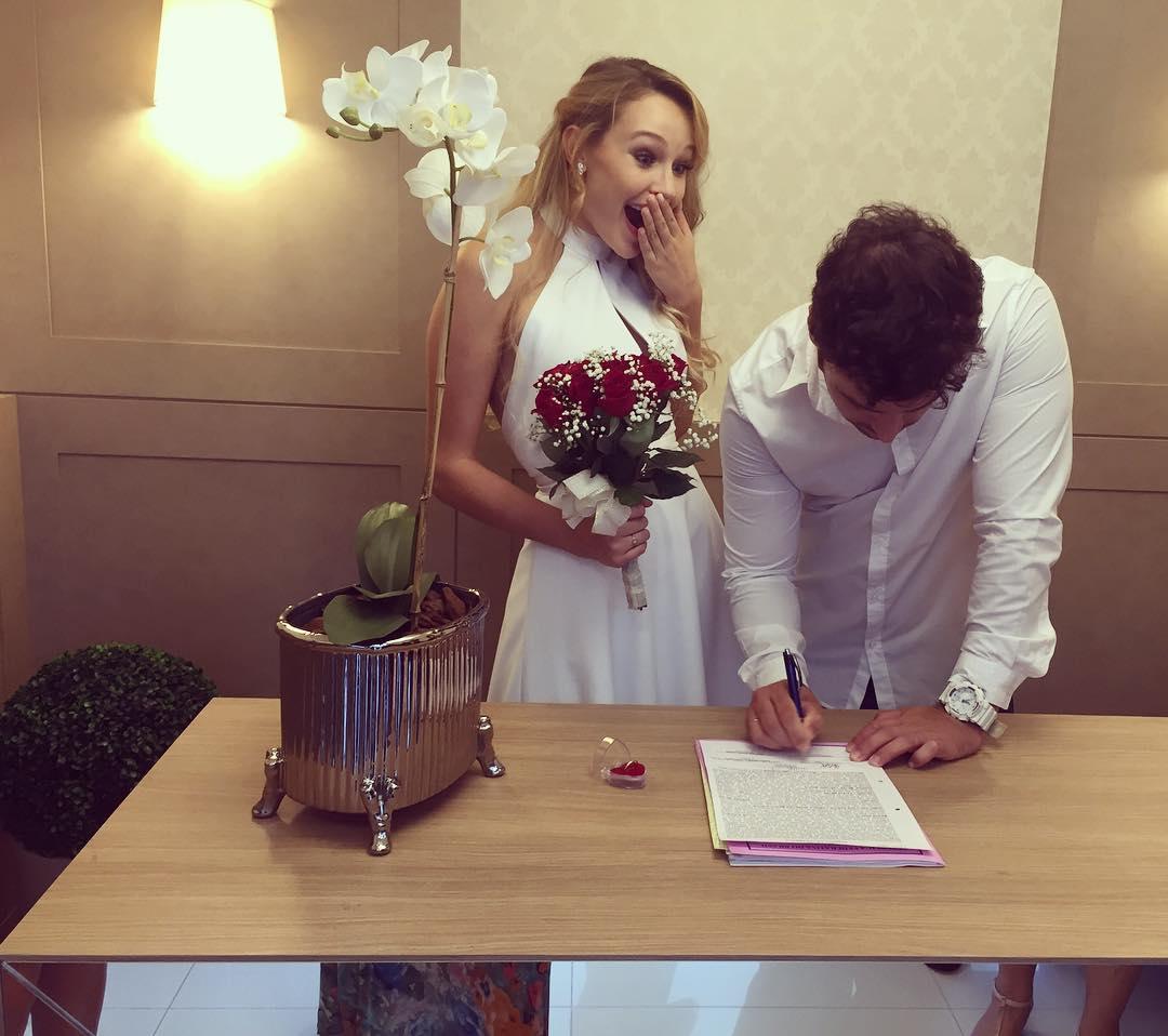 casou-se a vice do miss brasil universo 2015 com o mr roraima 2010. 16789310