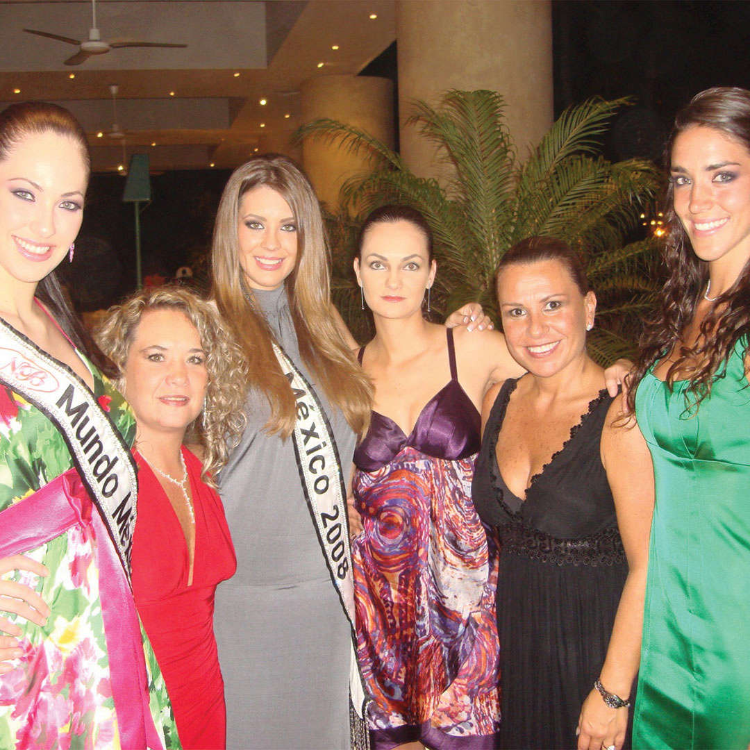 perla beltran, 1st runner-up de miss world 2009. - Página 4 20091712