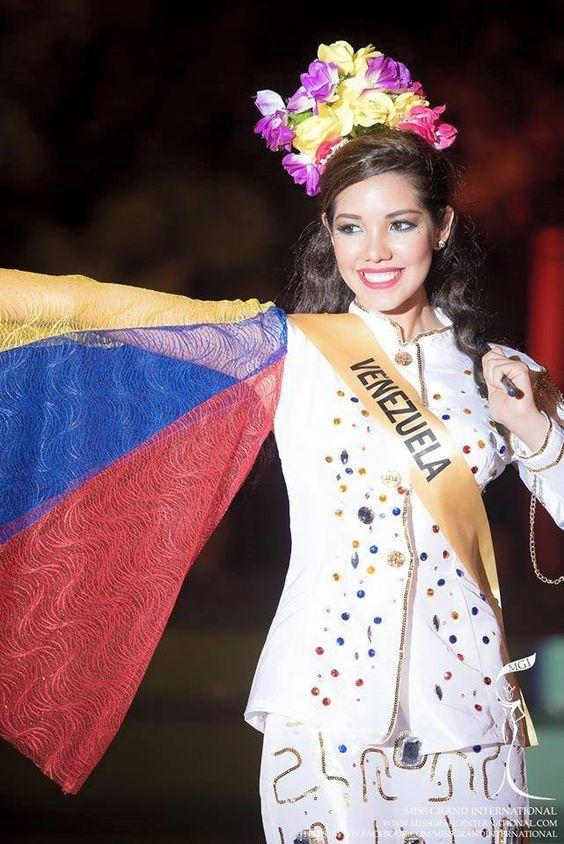 reina rojas, top 20 de miss grand international 2015. 97d0a710