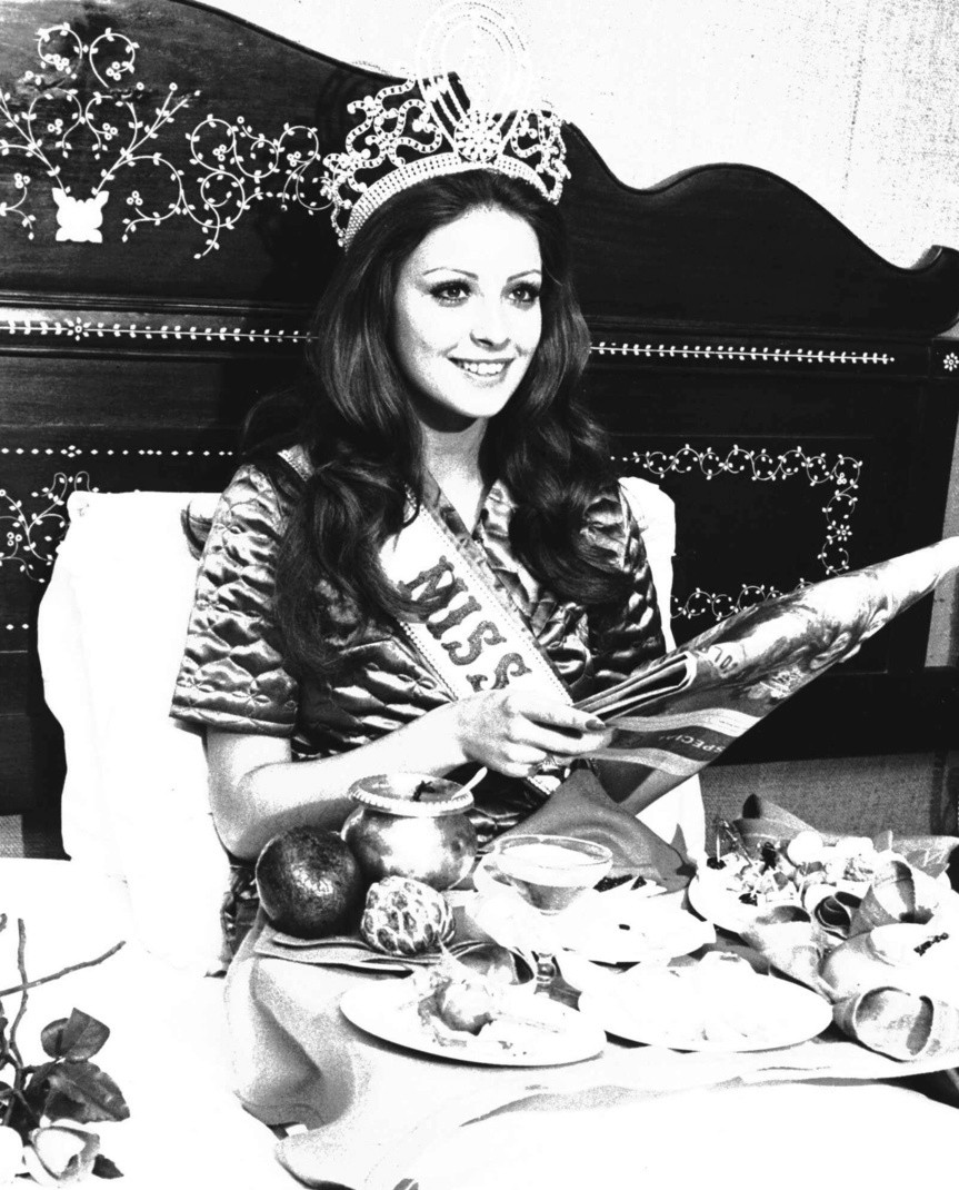 amparo munoz, miss universe 1974. † Amparo11