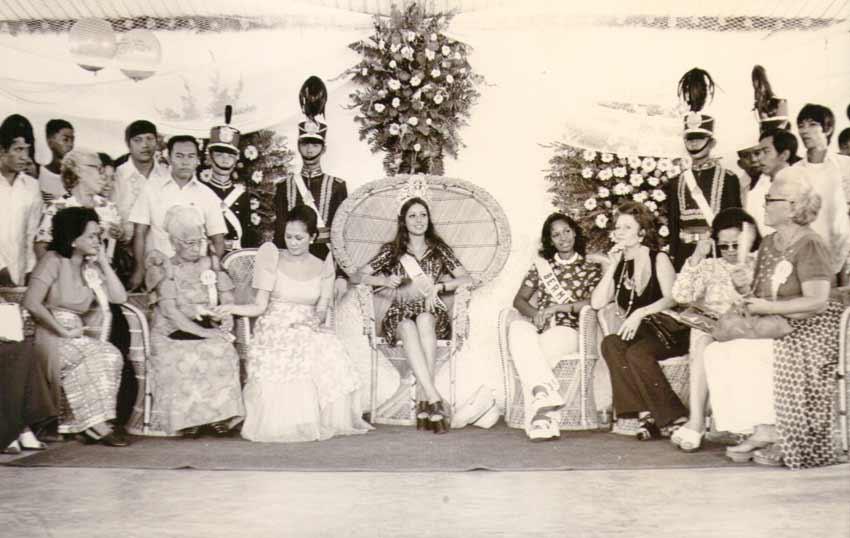 amparo munoz, miss universe 1974. † - Página 2 Amparo17