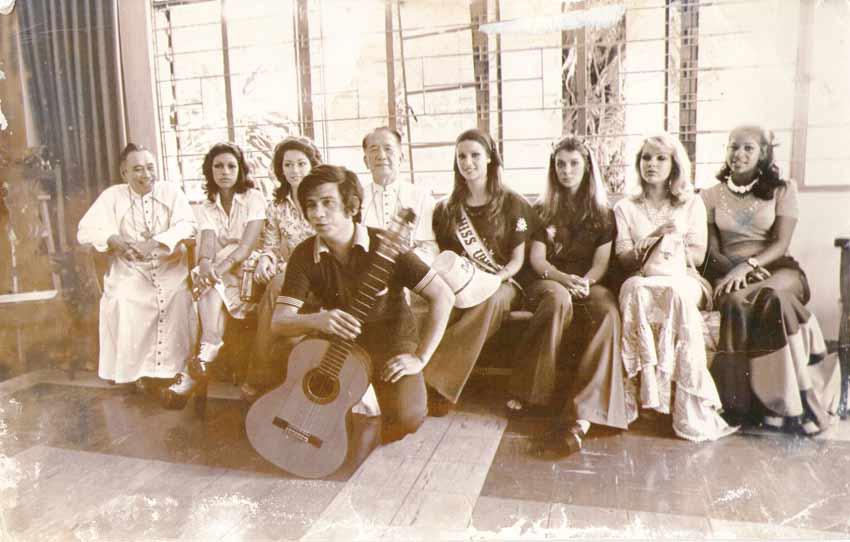 amparo munoz, miss universe 1974. † - Página 2 Amparo19