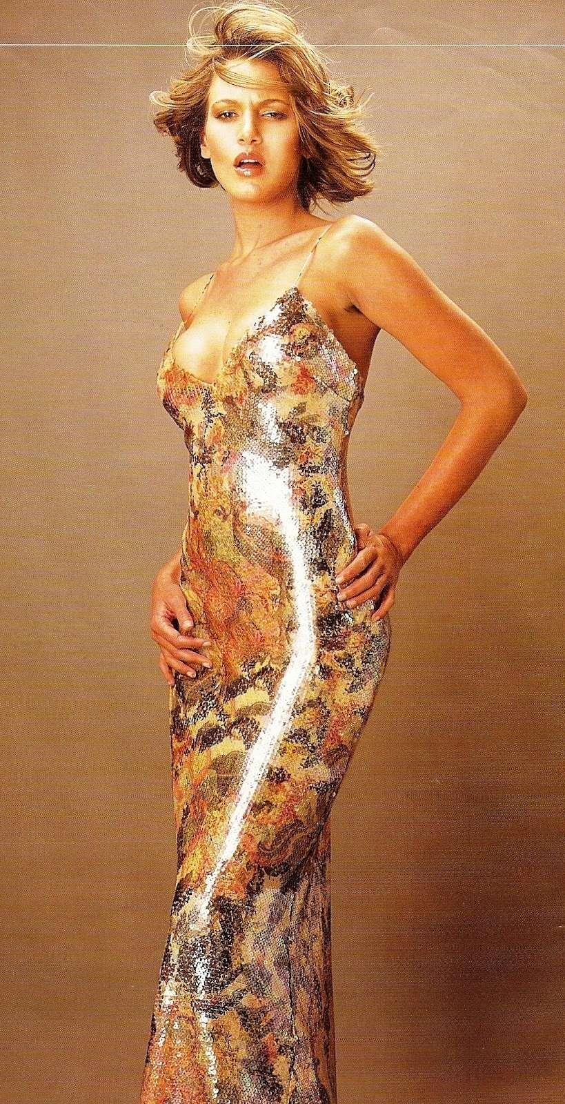 eva ekvall, 3rd runner-up de miss universe 2001. † Eva-be10