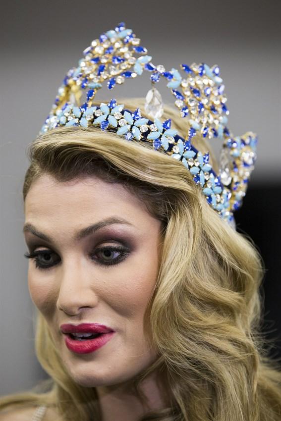 mireia lalaguna, miss world 2015. - Página 13 Fotoga14