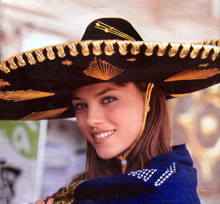 helen lindes griffiths, 2nd runner-up de miss universe 2000. - Página 2 Helen210