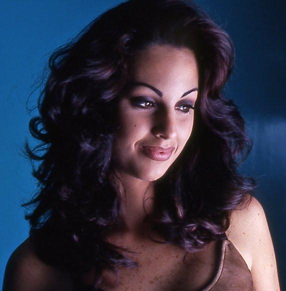 jacqueline aguilera, miss world 1995. - Página 4 Jacque17