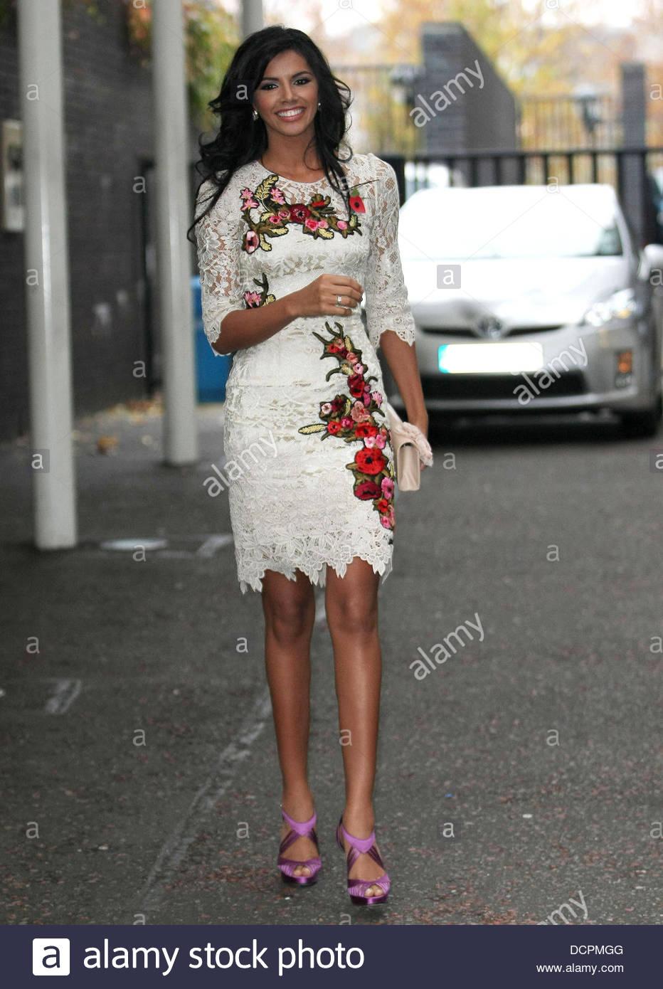 ivian sarcos, miss world 2011.  - Página 4 Miss-w15