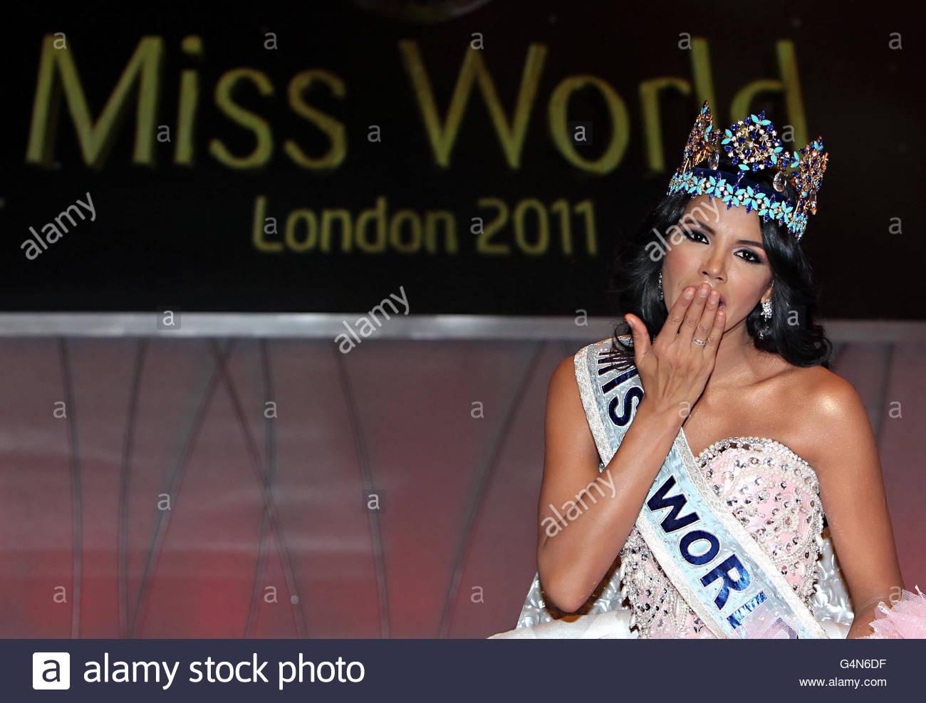 ivian sarcos, miss world 2011.  - Página 4 Miss-w17