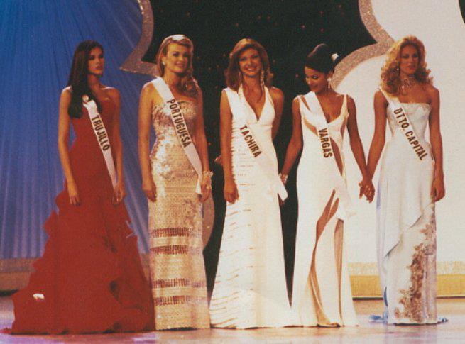 cynthia lander, 4th runner-up de miss universe 2002. - Página 3 Missve19