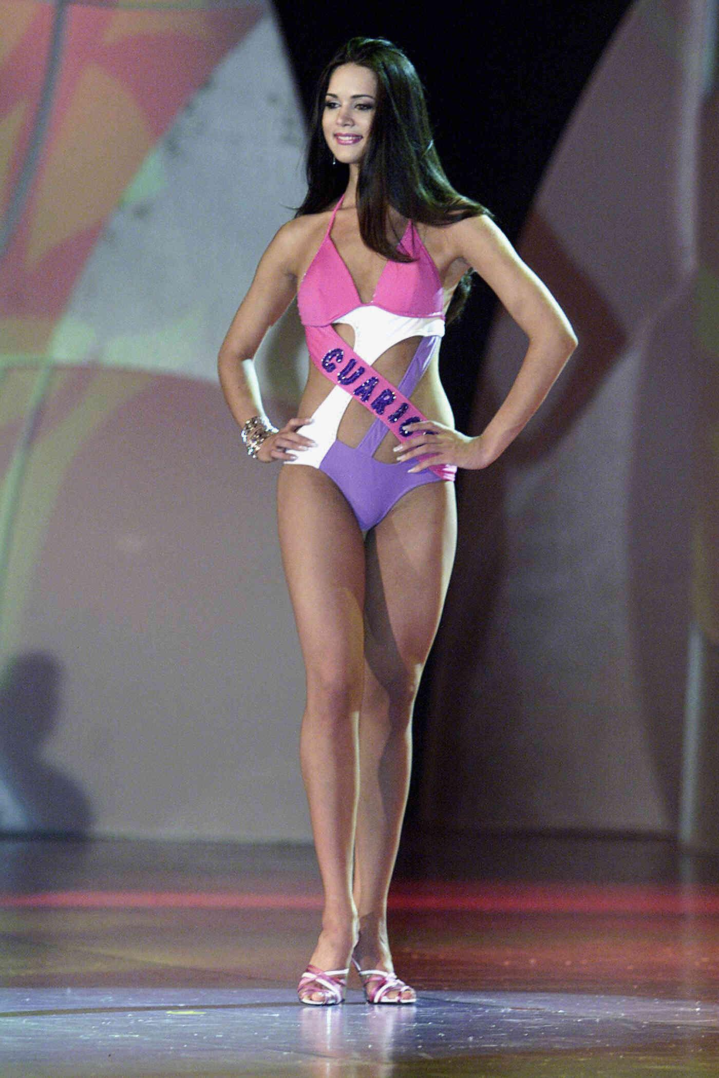 monica spear, top 5 de miss universe 2005. † Monica13