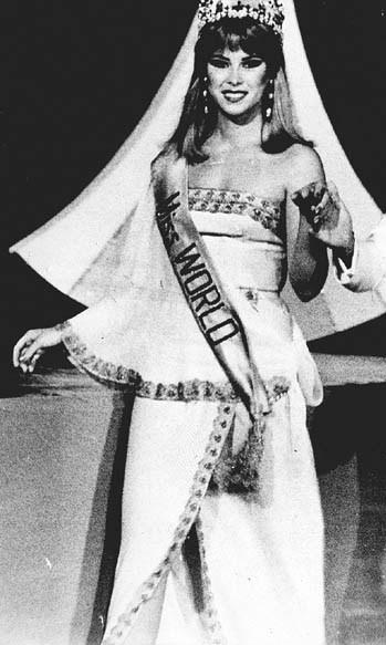 pilin leon, miss world 1981. - Página 3 Pilinl25
