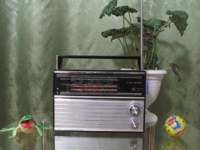 Бытовые радиоприёмники СССР Ouo10