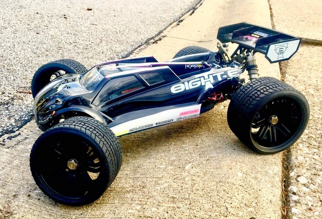 1er Truggy 1/8 - TLR 8ight-T 3.0 E - Page 6 17795610