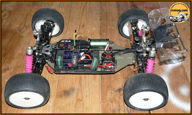 1er Truggy 1/8 - TLR 8ight-T 3.0 E - Page 4 Degand10