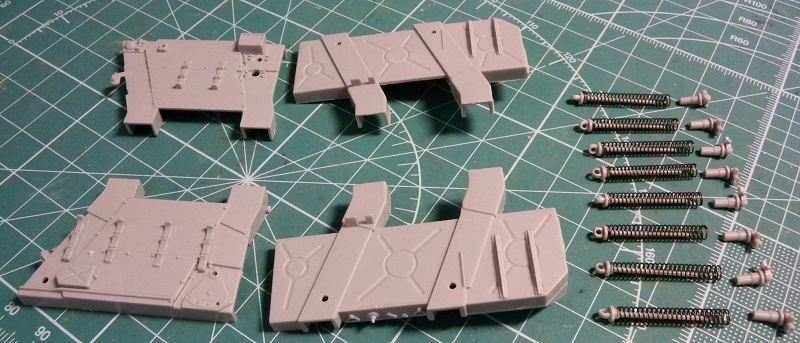 Community Build 20: Any tracked military vehicle. Dscn9013