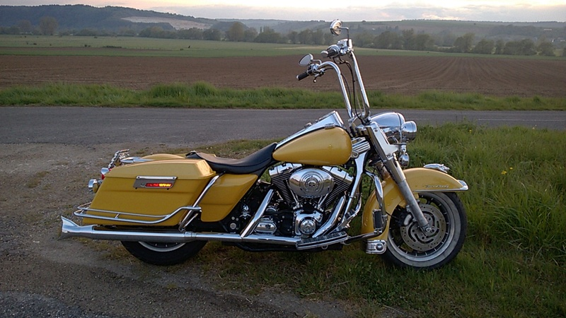 Modif de ma nouvelle acquisition road king 2005 - Page 2 Wp_20131