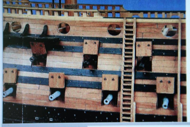 L'Ambitieux  un des navires de Tourville par michaud - Page 32 Img_0649