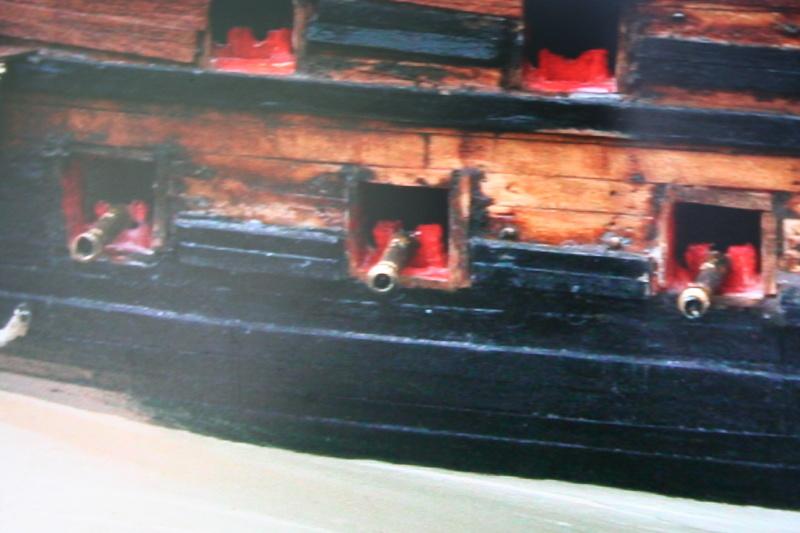 L'Ambitieux  un des navires de Tourville par michaud - Page 32 Img_0650