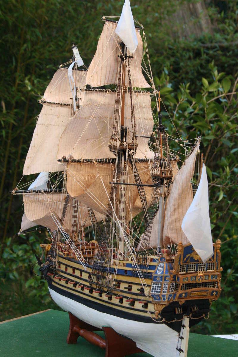 L'Ambitieux  un des navires de Tourville par michaud - Page 33 Img_0671