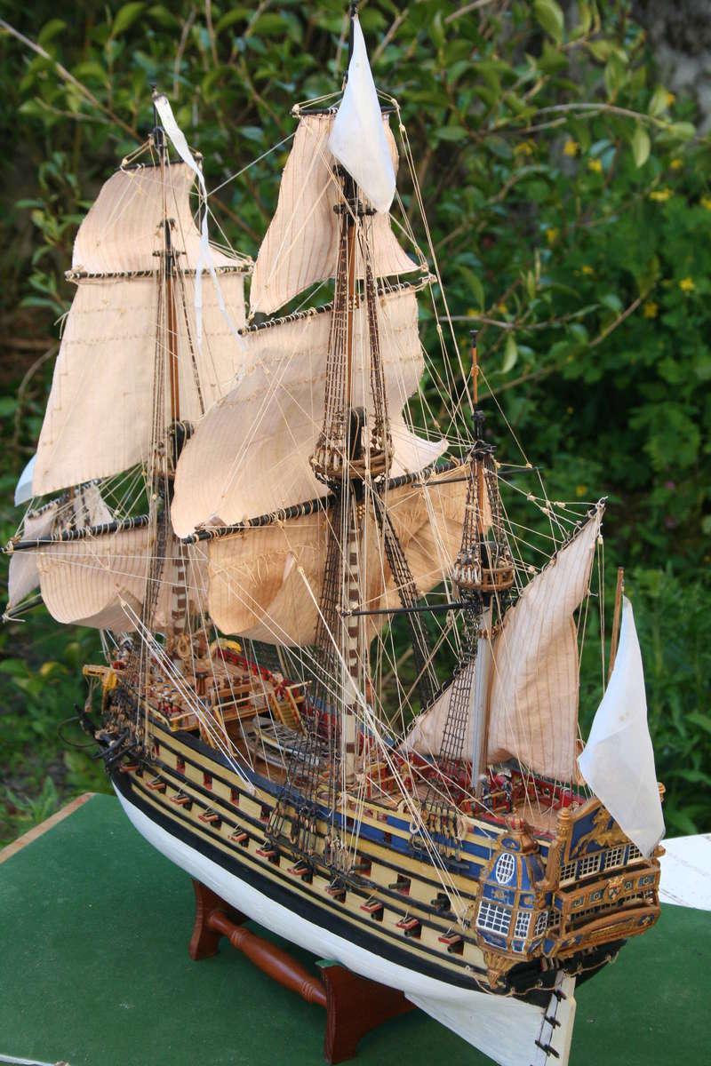 L'Ambitieux  un des navires de Tourville par michaud - Page 33 Img_0674