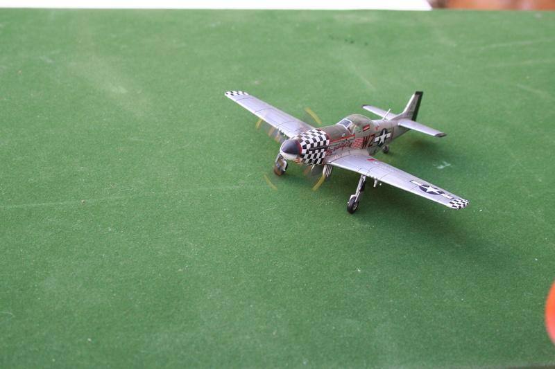 Pilatus PC-6/B2-H4 -. Roden 1/48 - Par fombec6 - Fini. - Page 2 Img_5611