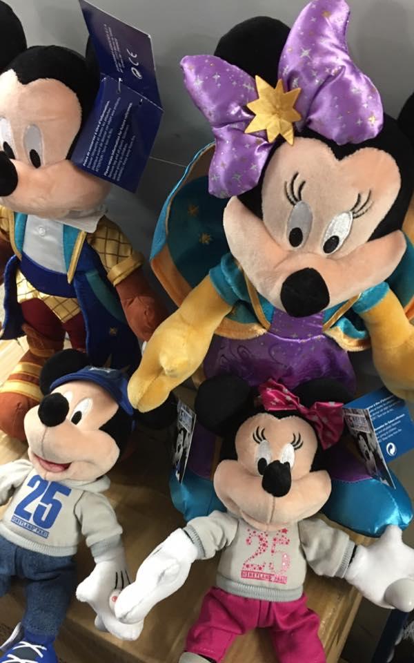 Les produits dérivés du 25ème anniversaire de Disneyland Paris - Page 2 Dlp_2510