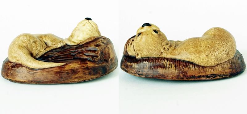 Pottery Wall Plague: River Otter - M J C.  Dsc02913