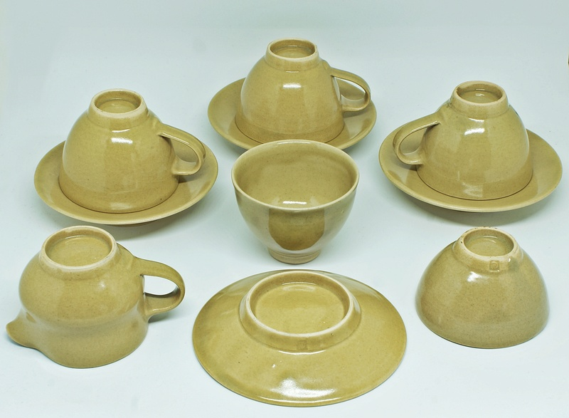 Harry and May Davis, Crowan Pottery Dsc03015